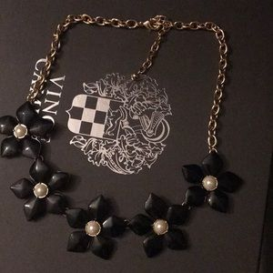 Jewelry - 🎄 4/$20 🎄Black and Gold Necklace 🌟🎁